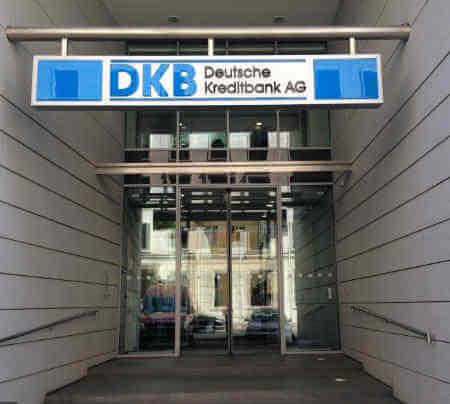 Auslandsüberweisung DKB